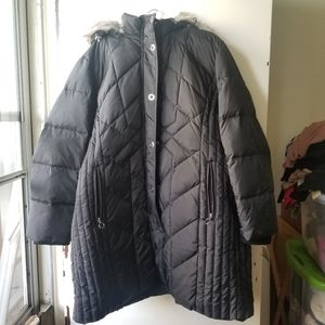 Black Hooded Quilted Coat with Faux Fur Size 3X